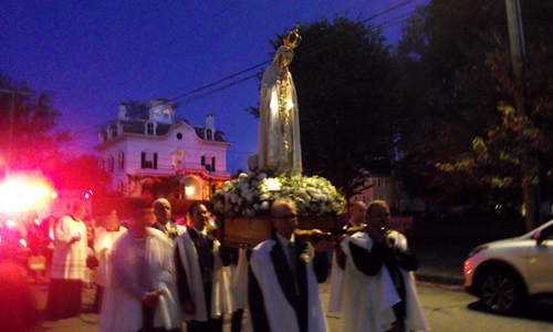 Our Lady of Fatima procession takes place in Stonington Borough